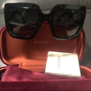 GUCCI OVERSIZED SUNGLASSES!! PRICE OR BEST OFFER!!